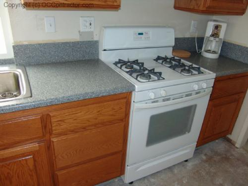 Kitchen with Staron Countertop (2) lg